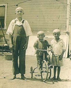 Jimmy Kalish with Steve Walkco, Jr and Ed Walkco. Zeigler, Illinois.
